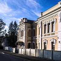 Парадный фасад здания глазного корпуса
