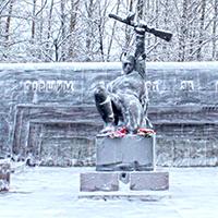 Братская могила советских воинов в Суоярви - фото №2